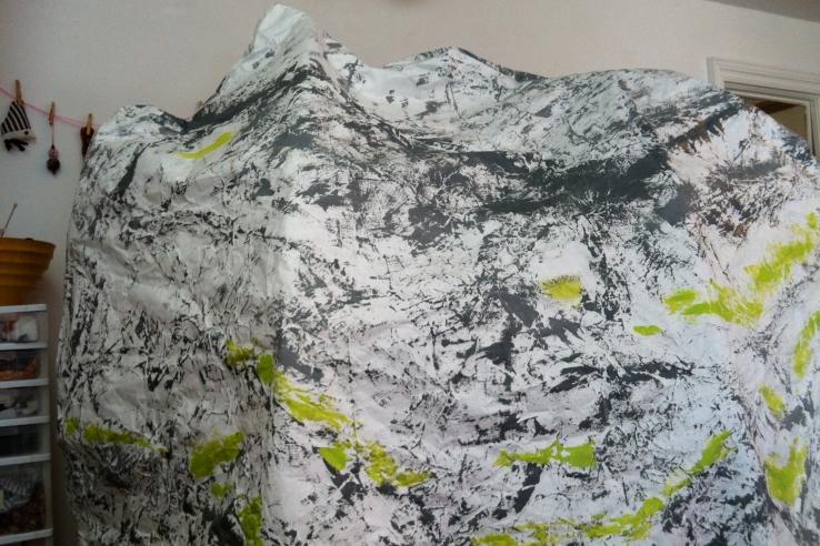 Mountains emerge at Wonder'neath